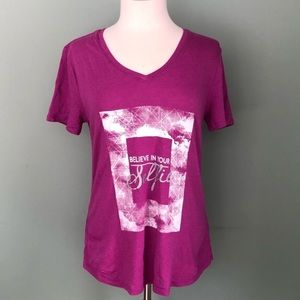 🌼 Tek Gear T-shirt